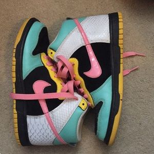 Nike Hi Tops US 7used good condition